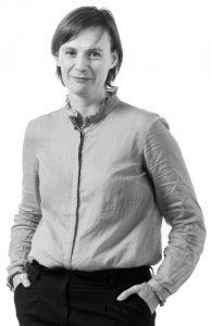 Amélie Tinet-Boussion, consultante et formatrice chez RH Mobilité, cabinet conseil en Ressources Humaines basé à Daoulas, près de Brest